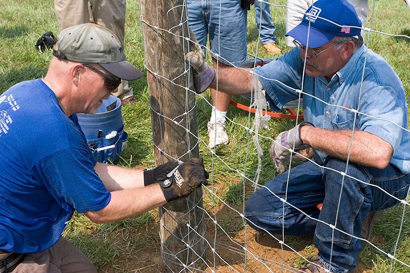 peak chain link fence instalation guide pdf